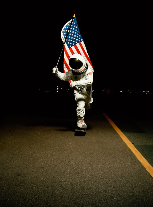 astronaut skateboarding - photo #13