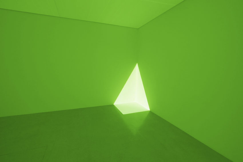 James Turrell - green-corner projection