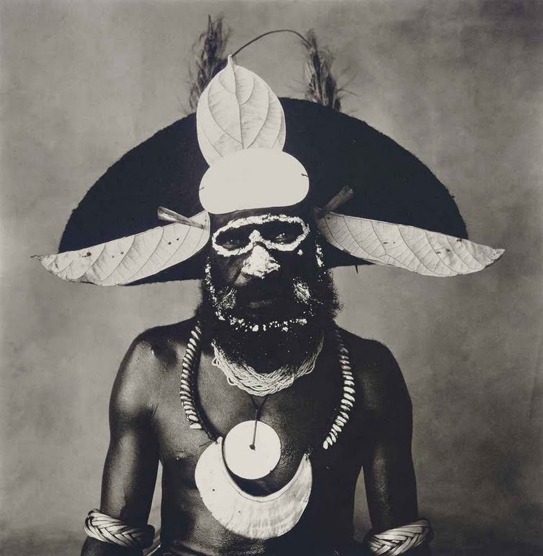 irving_penn_new_guinea_man_with_painted-on_glasses